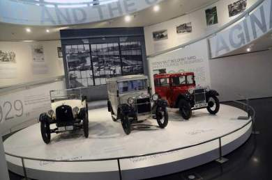 gallery/bmw-museum-090