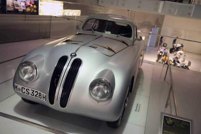 gallery/bmw-museum-017