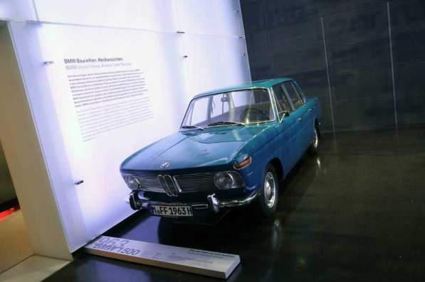 gallery/bmw-museum-065